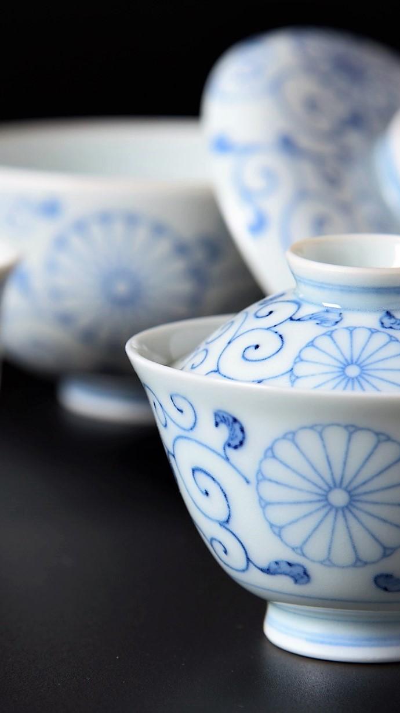 Image of Royal Warrant bowls