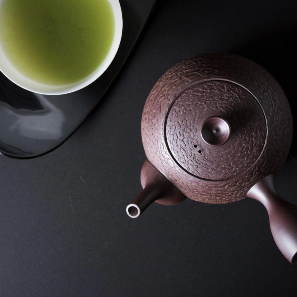 Image of Kiyomizu-yaki_pot and green tea